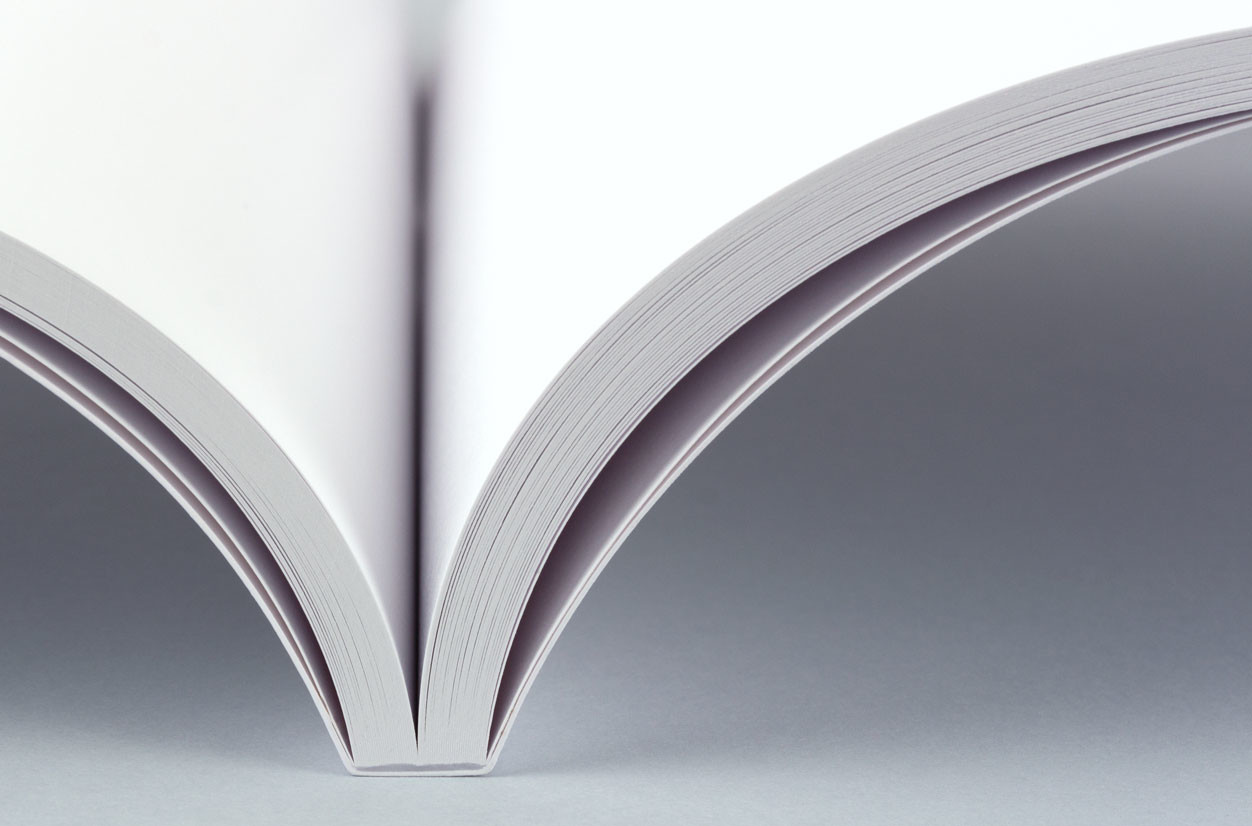 Smooth matte paper for your photo books