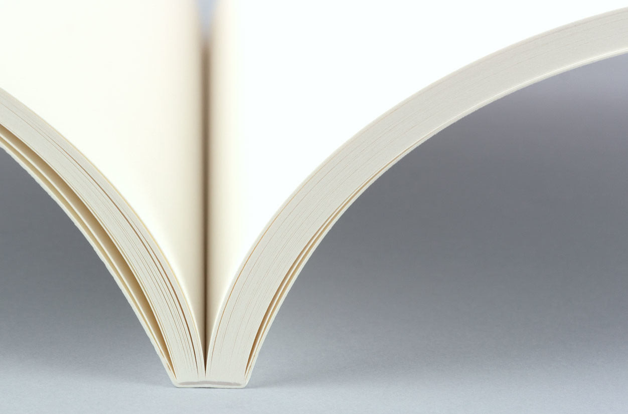 High-quality ivory paper for your photo books
